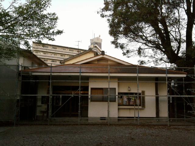 社務所&神楽練習殿の修復_c0045448_11502914.jpg