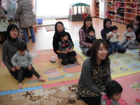2011.03.25 3月のお誕生会_f0142009_1434374.jpg