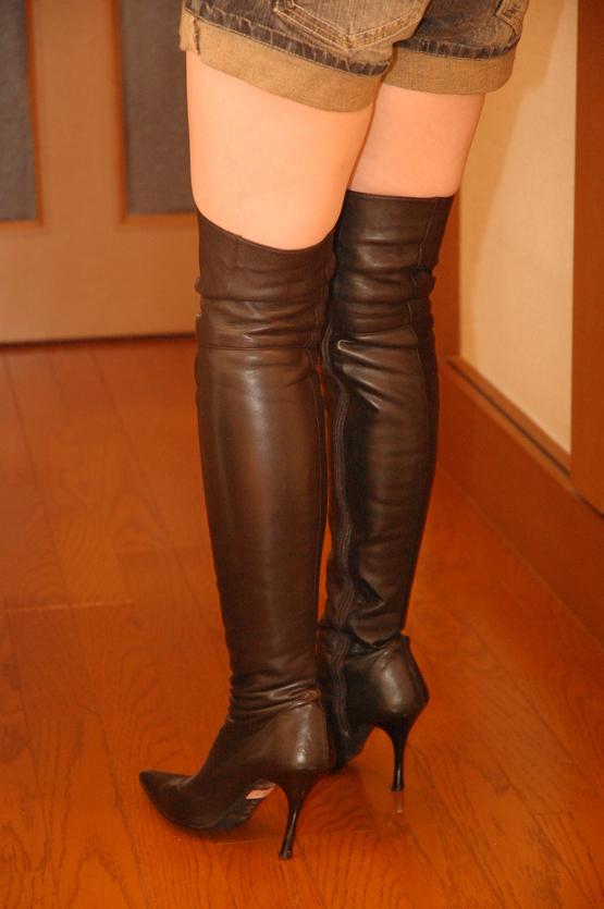 女性のブーツにとてつもないフェチを感じる方P42YouTube動画>24本 ニコニコ動画>2本 ->画像>140枚