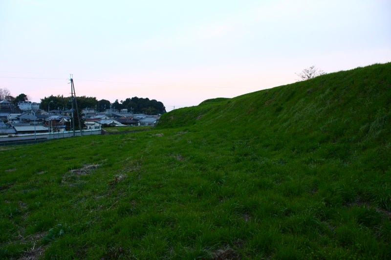 見瀬丸山古墳 奈良県最大の古墳_d0079764_12265129.jpg