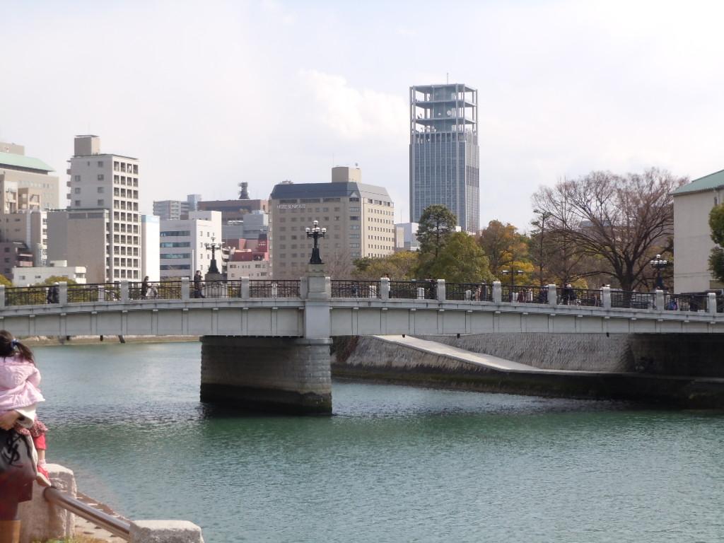 初めての広島_e0044536_1542489.jpg