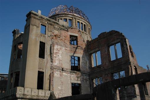 福島原発3号機の大爆発は何だったのか?:水素爆発?水蒸気爆発?核爆発?_e0171614_9442781.jpg