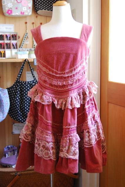 ママ・スカートをリメイク!!!_d0127925_13412050.jpg