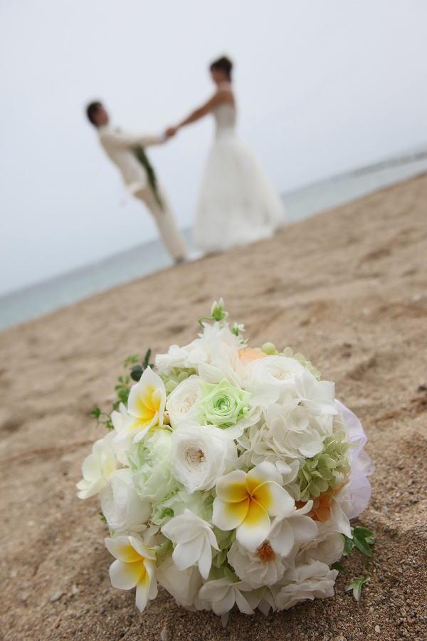 新郎新婦様からのメール ハワイへのプルメリアブーケ_a0042928_20333211.jpg