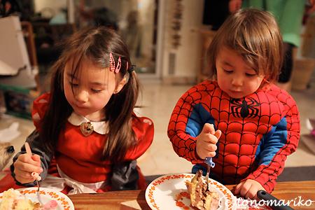 スパイダーマンとウサギ料理_c0024345_062542.jpg