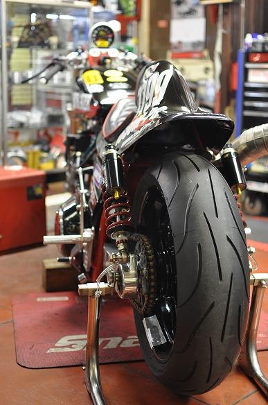 MARUMASU MOTORCYCLE LOUNGE_f0133871_19581729.jpg