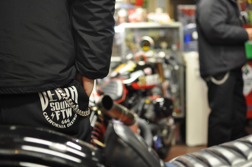 MARUMASU MOTORCYCLE LOUNGE_f0133871_2042174.jpg