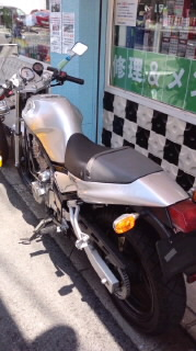 店主オススメのバイクのひとつSRX400_a0165286_12203718.jpg