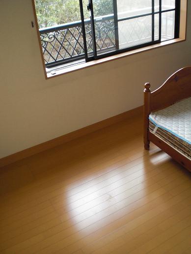 快適な床暖房 ~ 2階の工事ほぼ終了です_d0165368_9361970.jpg