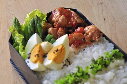 チキンのトマト煮込み弁当_b0171098_937367.jpg
