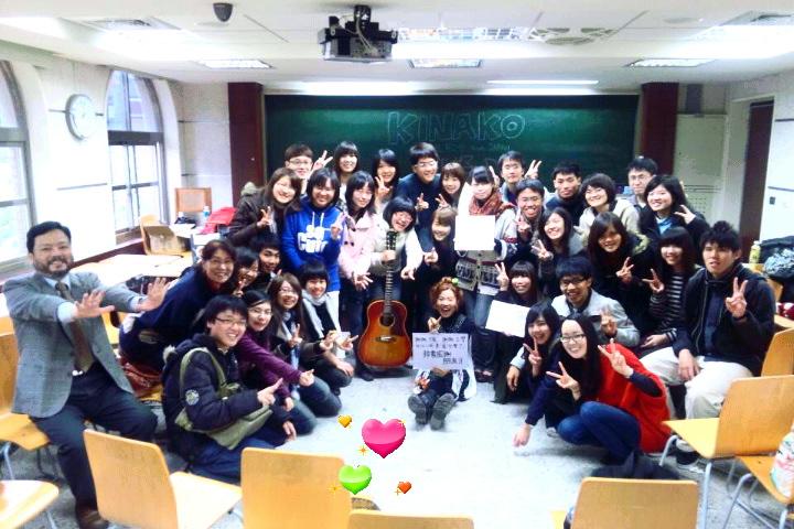 3/25 教室ライブ@台湾大学  その2 _f0115311_1725490.jpg