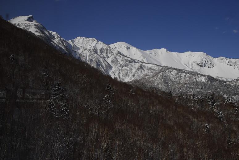 2011年3月 春、深雪の大雪山に抱かれる_c0219616_17535716.jpg