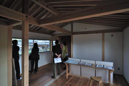 建物完成見学会「景色を切り取る家」_e0164563_933038.jpg