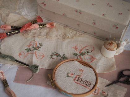 petit rose box_a0157409_18202578.jpg