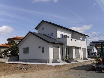 伊豆の国市のH様邸が完工しました。_f0129627_1633519.jpg