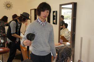 穴吹美容専門学校 美容実習生_e0176128_2049746.jpg