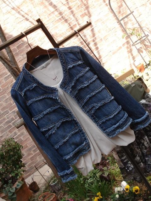 コートからジャケットへ着替えよう。_d0153941_1024282.jpg