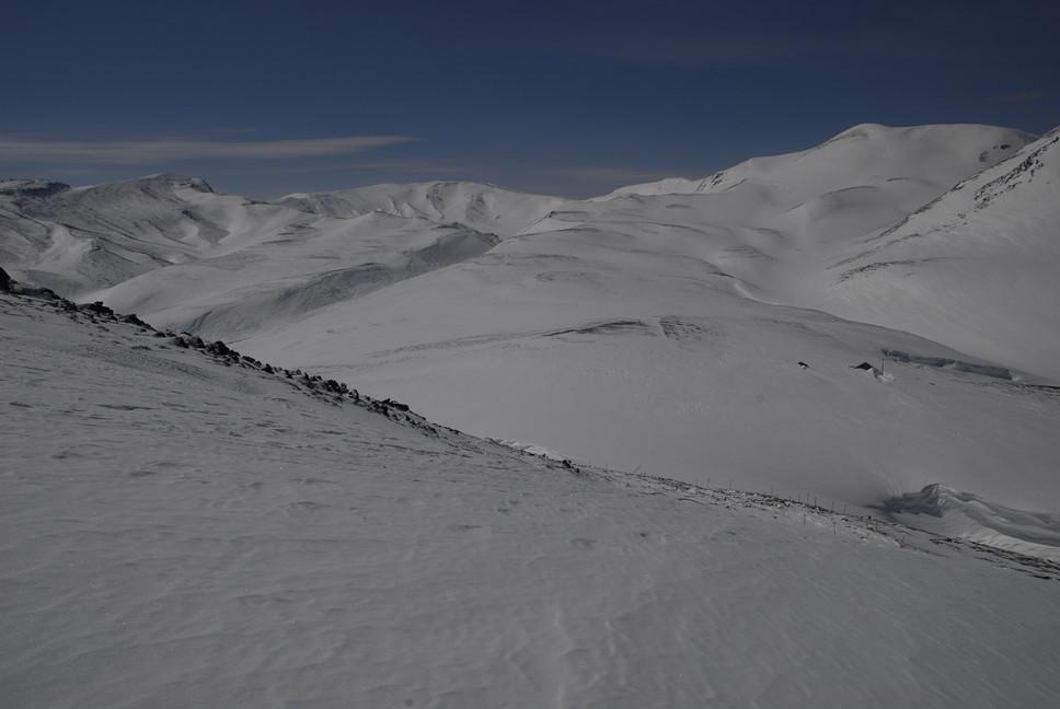 2011年3月 春、深雪の大雪山に抱かれる_c0219616_19254344.jpg