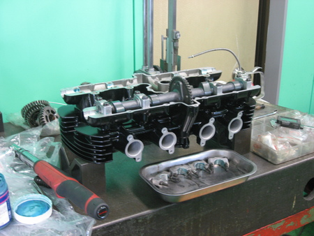 ゼファー750 エンジン!!!_f0231916_21172617.jpg