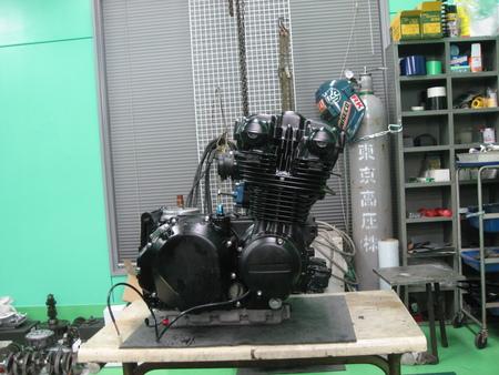 ゼファー750 エンジン!!!_f0231916_21281380.jpg