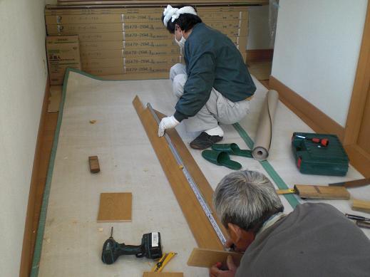 快適な床暖房 ~ 玄関の上がり框(かまち)_d0165368_8173868.jpg