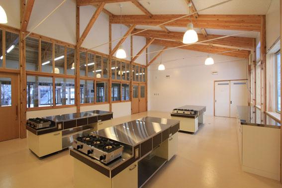 檜山地域拠点施設:完成_e0054299_8555657.jpg