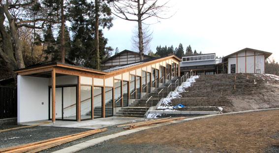 檜山地域拠点施設:完成_e0054299_8561528.jpg