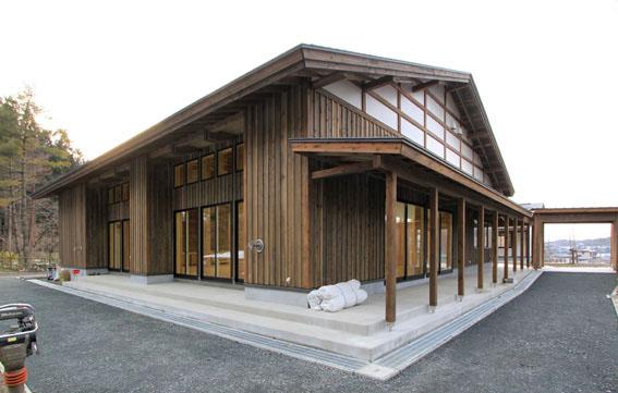 檜山地域拠点施設:完成_e0054299_8564432.jpg