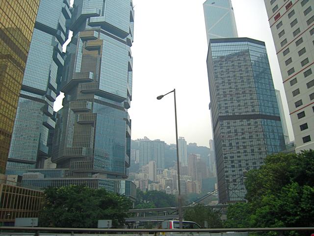 ステンシルな香港_e0175918_16205534.jpg