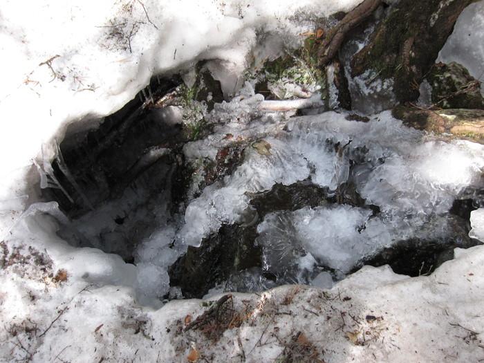 2010年4月26日の写真ー氷_e0155231_1819742.jpg