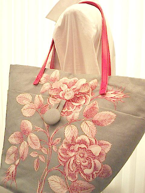 サンダーソンの生地でバッグを作りました。_c0157866_13525765.jpg