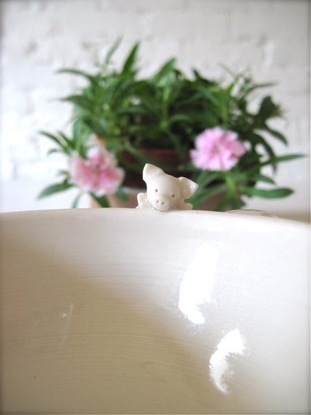 ぶた天使のティーカップ*_a0110515_9441199.jpg