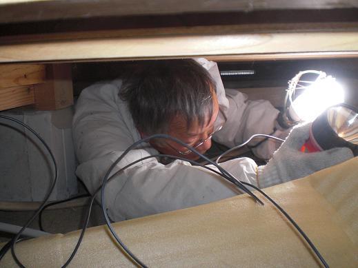 快適な床暖房 ~ 1階の電気工事―その②_d0165368_59269.jpg