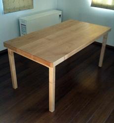 ダイニングテーブルを製作_d0126473_1105479.jpg