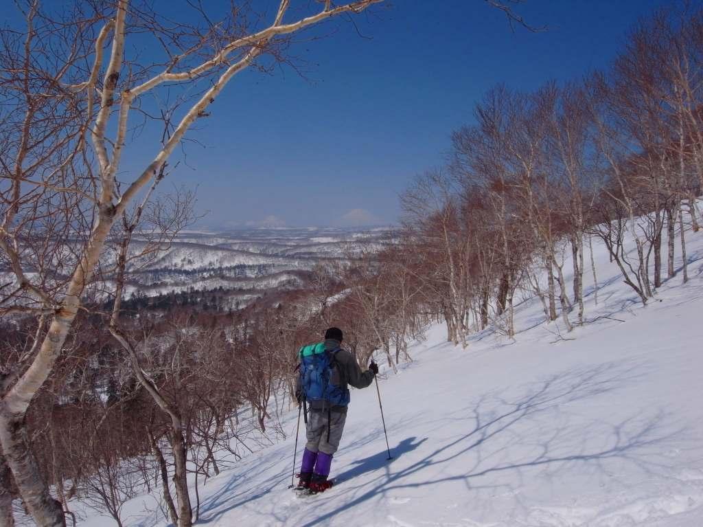 4月5日、丹鳴(になる)岳から稜線歩き-その1-_f0138096_17275159.jpg