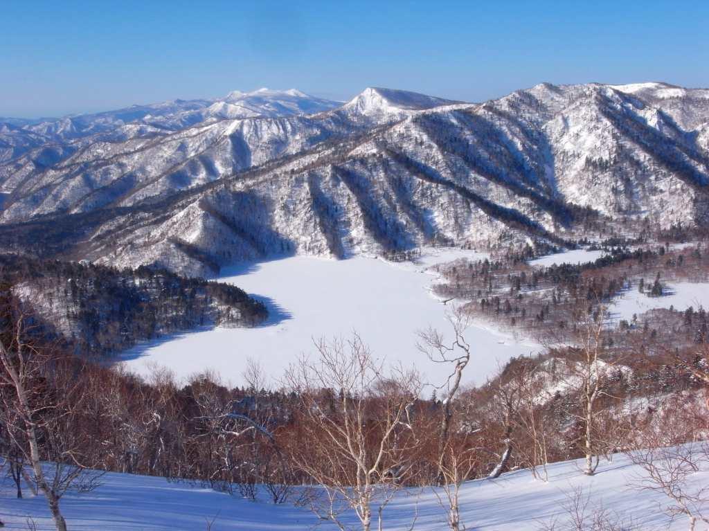 4月5日、丹鳴(になる)岳から稜線歩き-その1-_f0138096_1733257.jpg