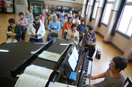 平成23年4月度「大人の林間学校」:琴演奏と理智院の桜_c0108460_21231023.jpg