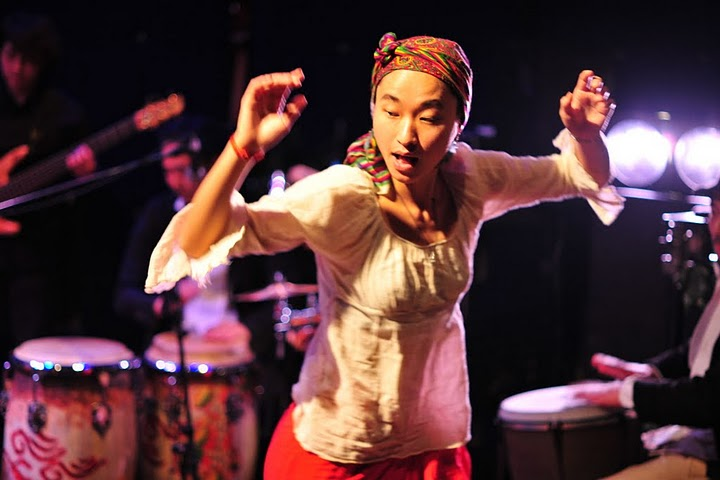 2011.02.13(sun)BOGOS!! REPORT2 photo by くびおとこ 【Immigrant\'s Bossa Band+CARNIVAL】編_b0186662_18254194.jpg