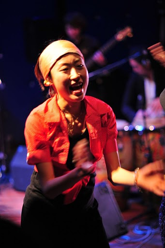 2011.02.13(sun)BOGOS!! REPORT2 photo by くびおとこ 【Immigrant\'s Bossa Band+CARNIVAL】編_b0186662_18255616.jpg