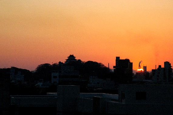 和歌山城の夕焼け  _b0093754_23452494.jpg