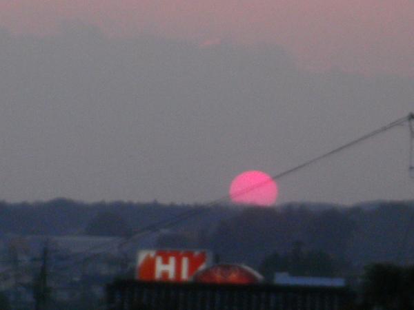 夕陽のい・ろ・い・ろ_a0174458_7591838.jpg
