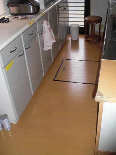 快適な床暖房 ~ お客様も納得のできばえです。_d0165368_5385629.jpg