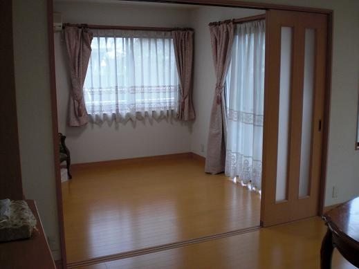 快適な床暖房 ~ お客様も納得のできばえです。_d0165368_5392514.jpg