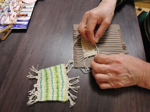 凧糸と毛糸のコースター_e0222340_18203944.jpg
