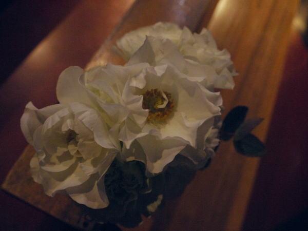 ウェディングドレスとアメイジング・グレイス カトリック目黒教会様へ_a0042928_1984137.jpg