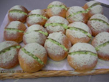 12日はパンの日です!_a0144271_2013547.jpg