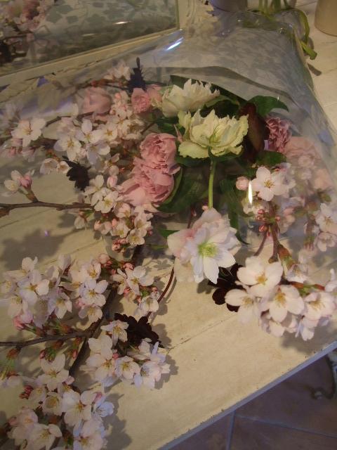 オークリーフ花の教室(石井さんの作品)_f0049672_17523279.jpg
