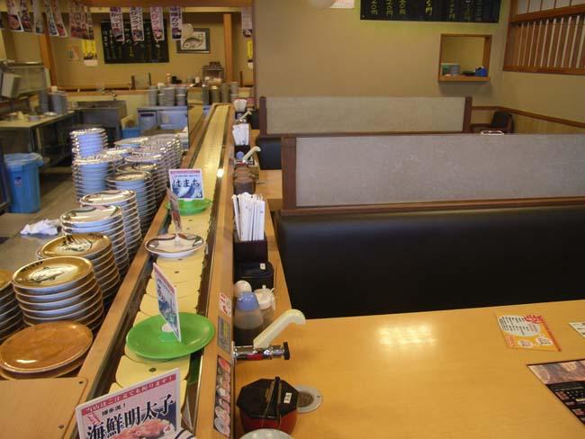 回転寿司屋さんのカウンター改修工事_b0186200_239121.jpg