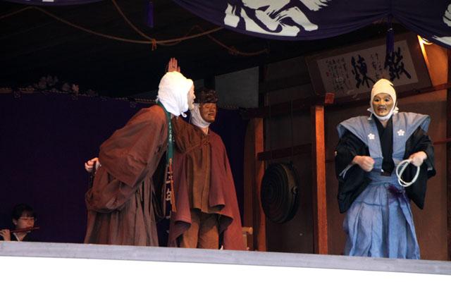 京の花だより 清涼寺 狂言_e0048413_2144580.jpg
