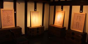 恒例アートイベント「春山登山」、蔵織での作品_d0178448_9375892.jpg